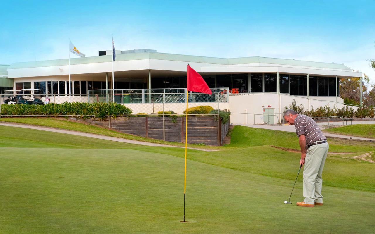 cluBarham Golf Resort - Accommodation Port Macquarie