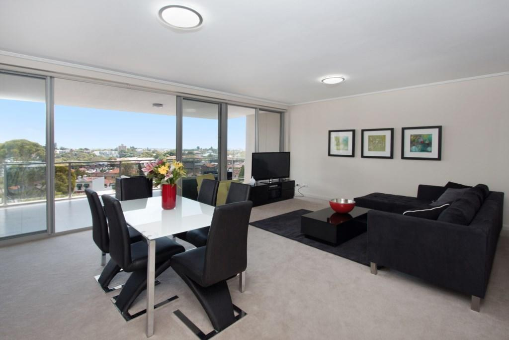 The Junction Palais - Modern and Spacious 2BR Bondi Junction Apartment Close to Everything - Accommodation Port Macquarie