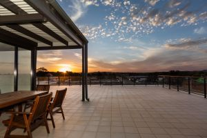 The Penthouse - Accommodation Port Macquarie