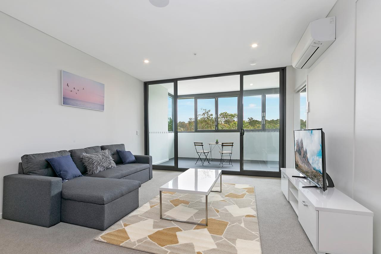 Stylish and Neat two bed apartment in Wentworth Point - Accommodation Port Macquarie