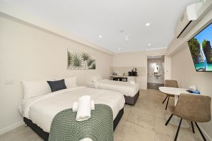 Carlton Suites - Accommodation Port Macquarie