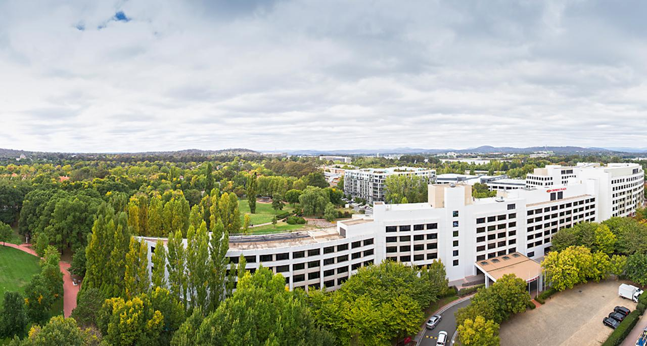Crowne Plaza Canberra - Accommodation Port Macquarie