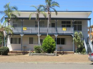 Cabenay 3 - VIEWS ACROSS THE PARK - Accommodation Port Macquarie