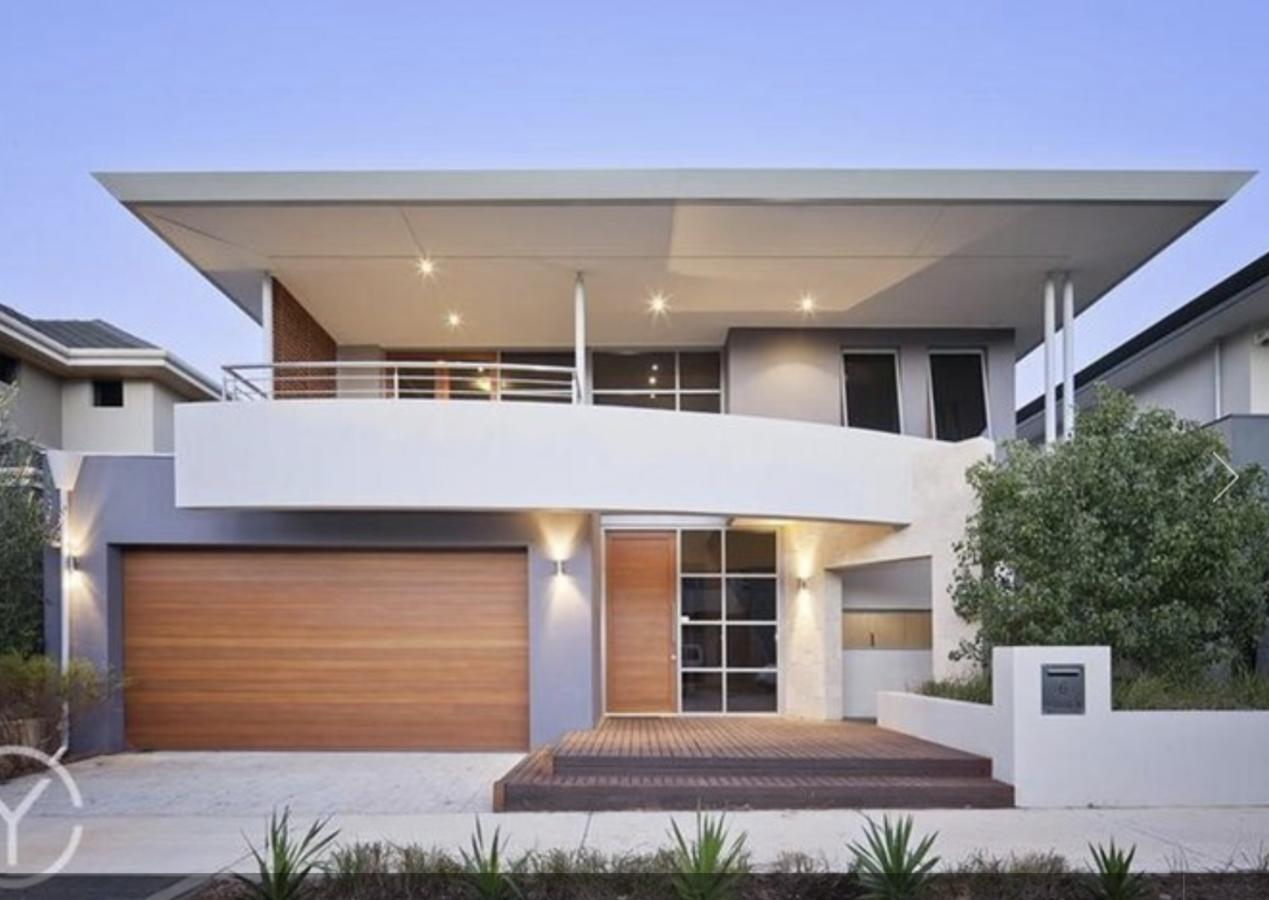 Adele's luxury South Beach apartment with King bed - Accommodation Port Macquarie