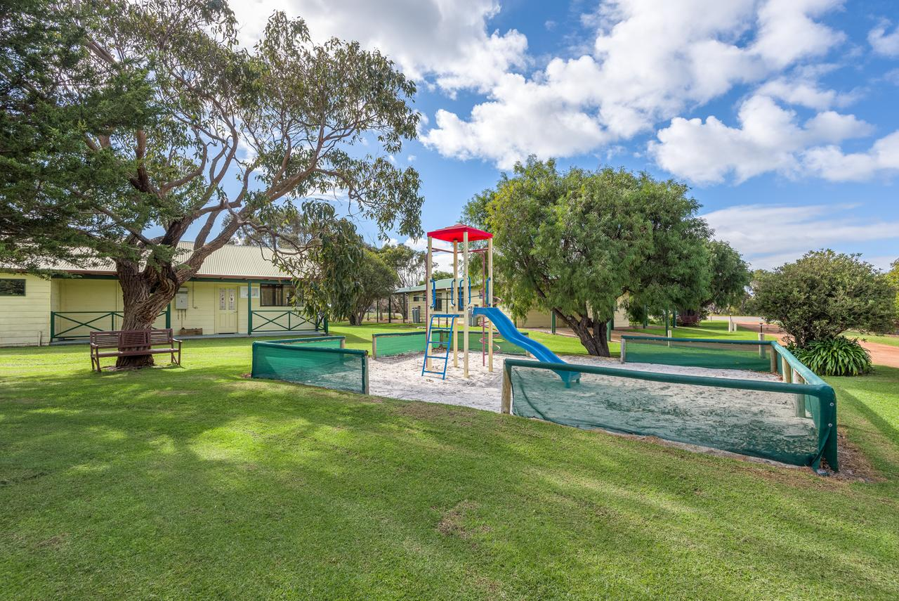 Surfside Ocean Beach Denmark Holiday Accommodation - Accommodation Port Macquarie