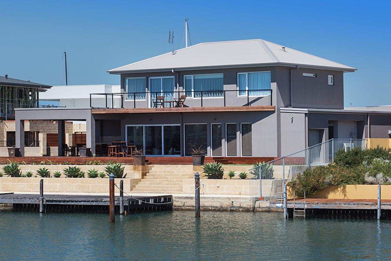 Oceans Edge - Busselton - Accommodation Port Macquarie