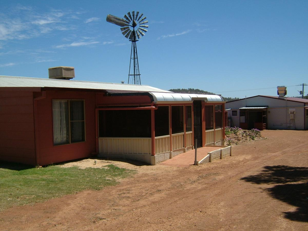 Bindoon's Windmill Farm - Accommodation Port Macquarie