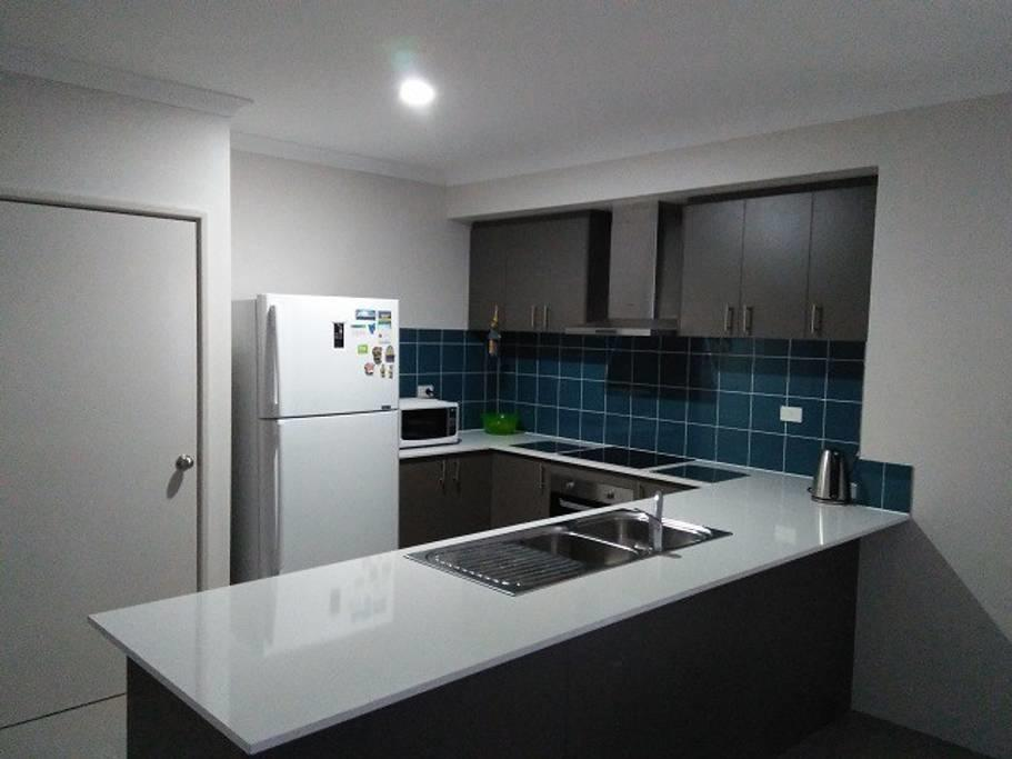 Near Train Station - Accommodation Port Macquarie