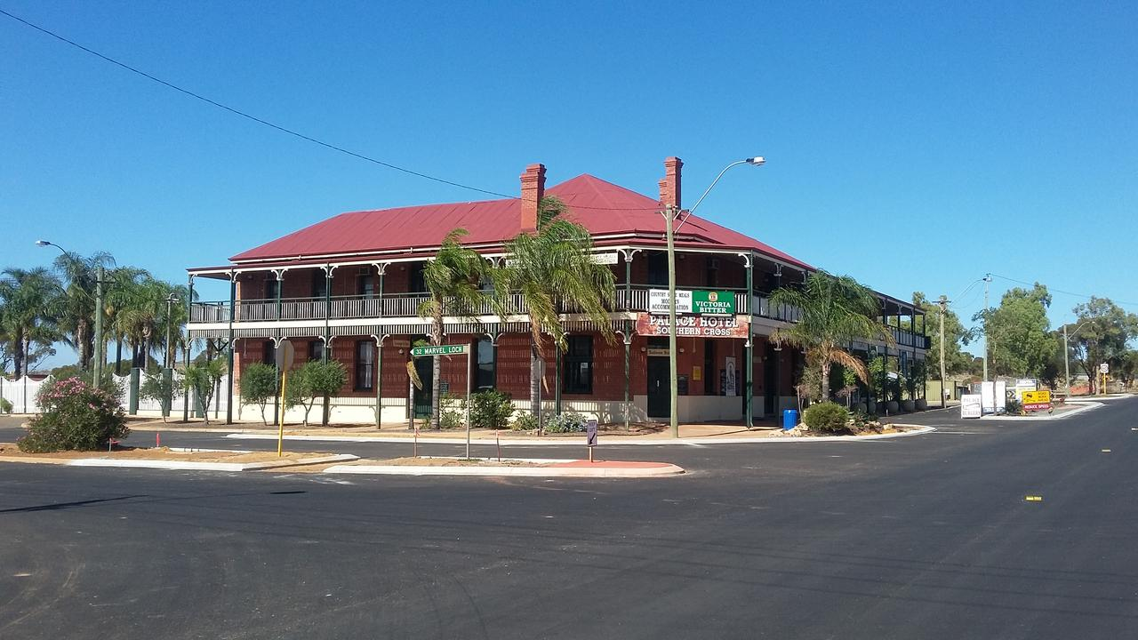 The Palace Hotel - Accommodation Port Macquarie