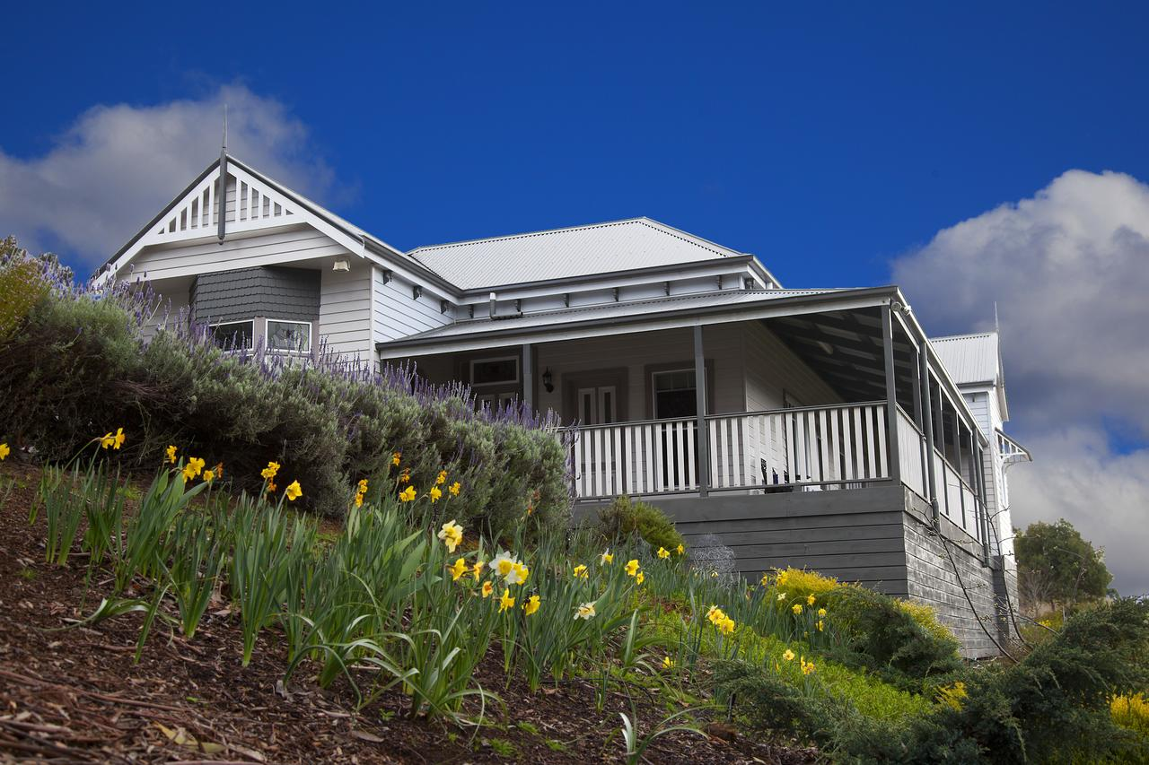 House on the Hill Bed and Breakfast - Accommodation Port Macquarie
