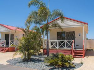 Outback Oasis Caravan Park - Accommodation Port Macquarie