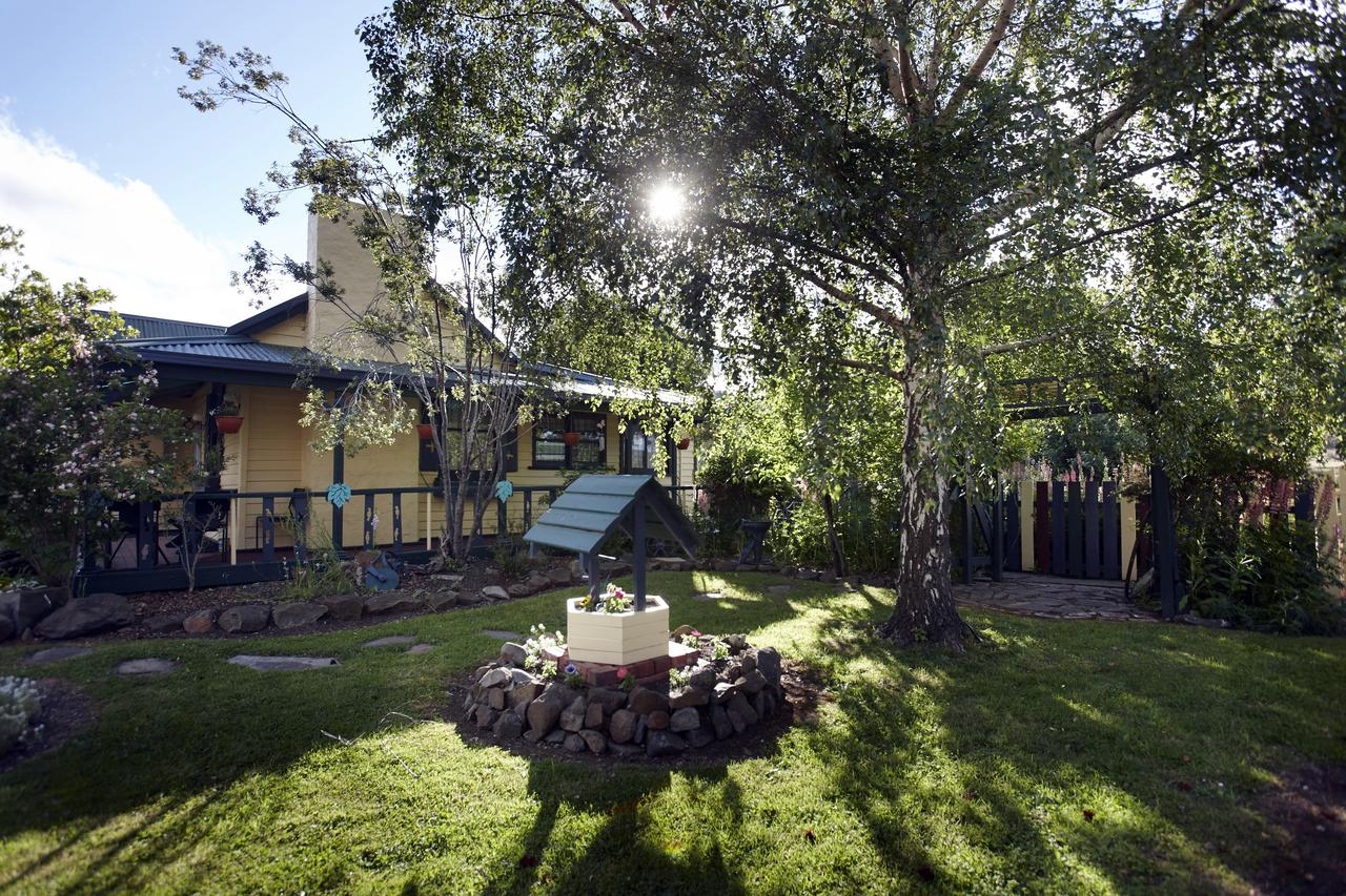 Blue Wren Riverside Cottage - Accommodation Port Macquarie