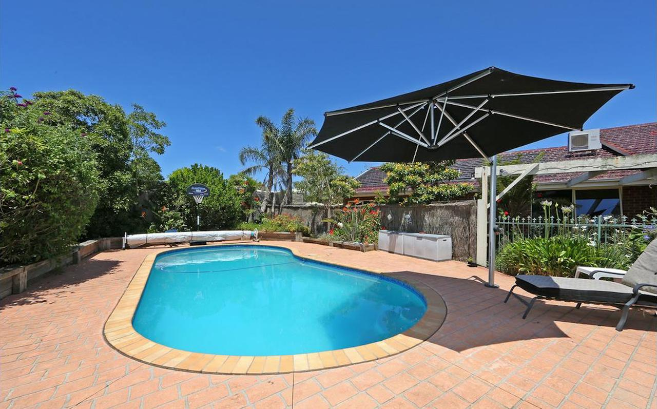 Crimea Retreat - Accommodation Port Macquarie