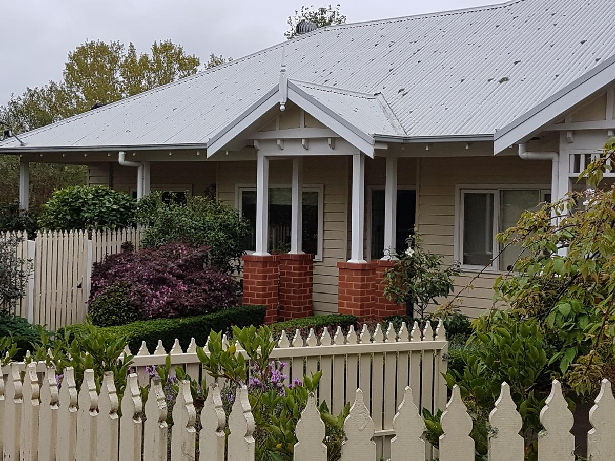 Healesville House - Fig Tree House - Accommodation Port Macquarie