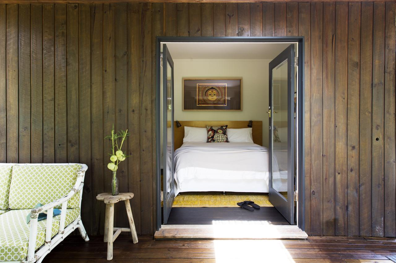 Botanica Editions - Accommodation Port Macquarie