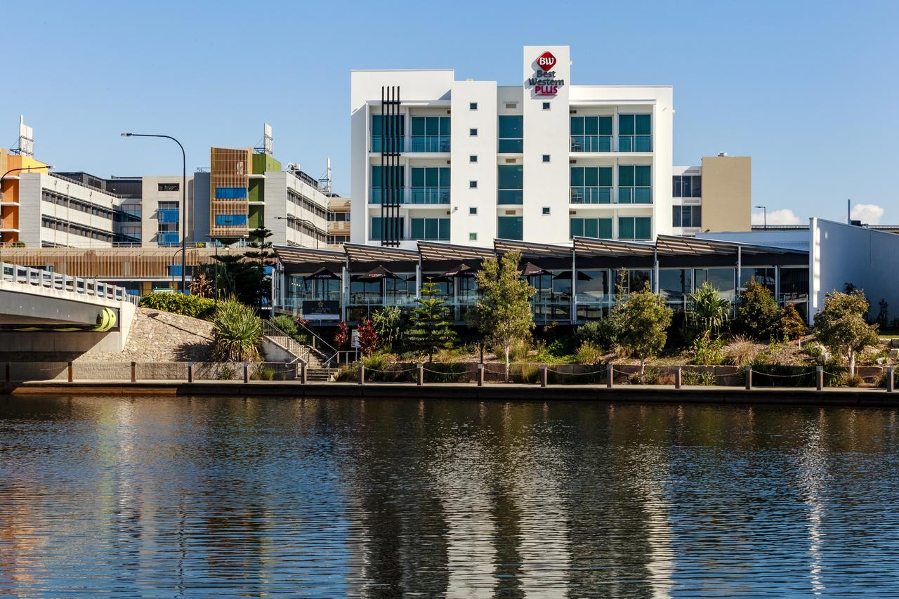 BEST WESTERN PLUS Lake Kawana Hotel - Accommodation Port Macquarie