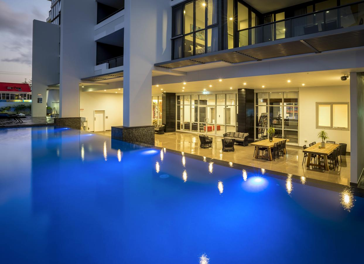 Synergy Broadbeach - Official - Accommodation Port Macquarie
