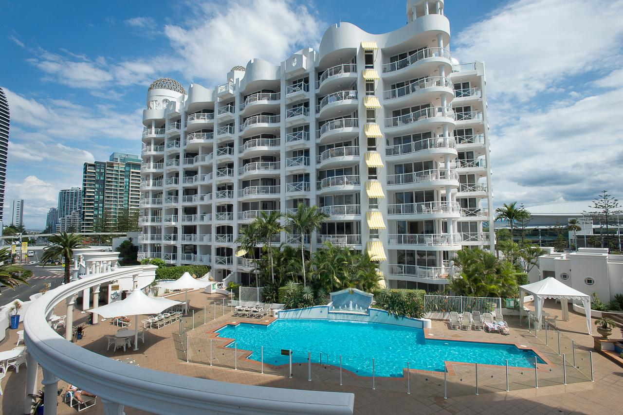 Broadbeach Holiday Apartments - Accommodation Port Macquarie