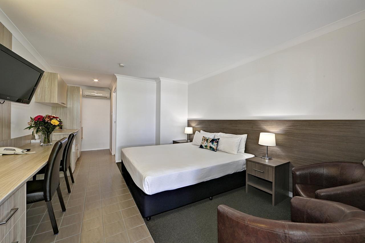 Smart Motels Bert Hinkler - Accommodation Port Macquarie