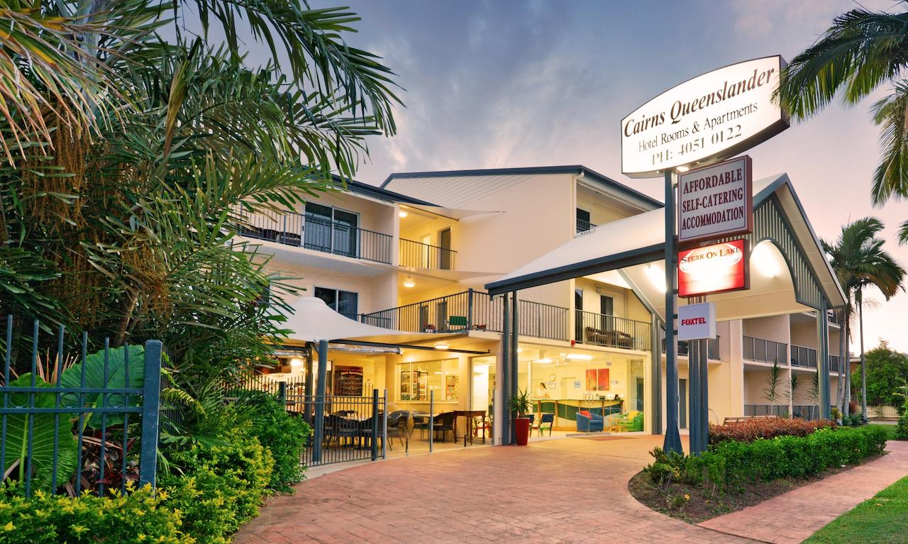 Cairns Queenslander Hotel  Apartments - Accommodation Port Macquarie