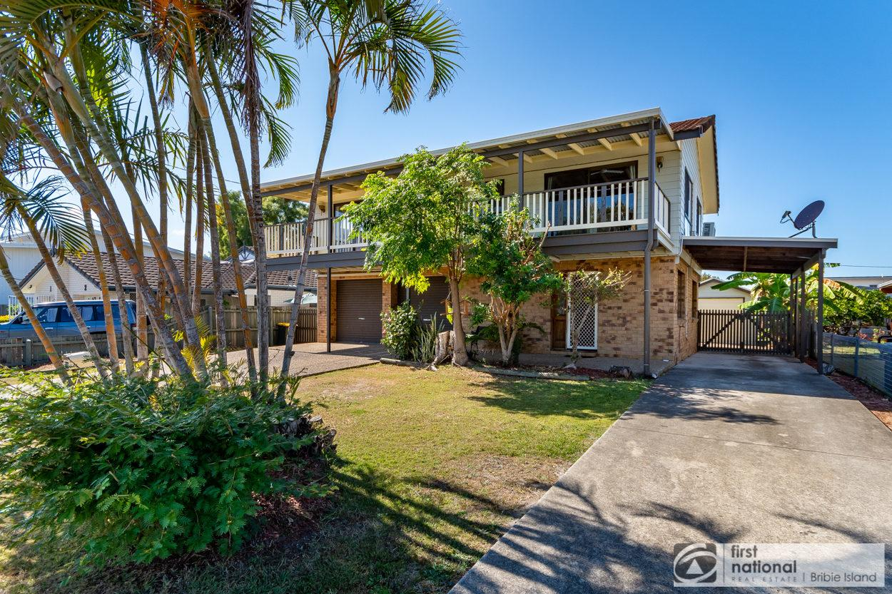 Family Holiday Haven on Boronia 100m to Beach - Accommodation Port Macquarie
