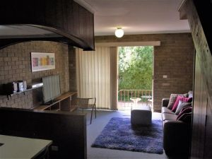 A Furnished Townhouse in Goulburn - Accommodation Port Macquarie
