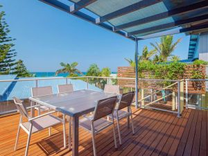 Angourie Blue 4 - close to surfing beaches and national park - Accommodation Port Macquarie