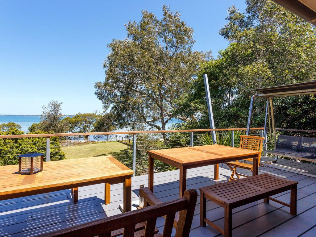 Barefoot Beach House - Accommodation Port Macquarie